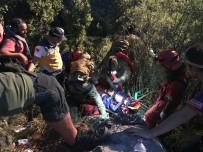 ÖLÜDENİZ - Kayalıklara Düşen Macar Paraşütçü Askeri Helikopterle Kurtarıldı