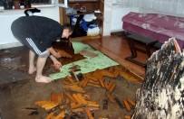MEHMET AKGÜL - Kayseri'de Yağmur Su Baskınlarına Neden Oldu