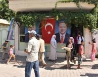 AHMET YıLDıZ - Seçim Zaferini Bedava Ekmek Dağıtarak Kutladılar