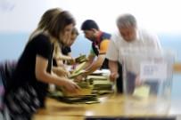 Adana'da Geçersiz Oylar Yeniden Sayılıyor
