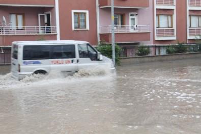 Çankırı'da Sağanak Yağış Etkili Oldu