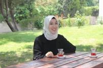 DENİZ BAYKAL - En Genç Milletvekili Rümeysa Kadak, 'Önce Finalime Girdim, Sonra Esnaf Ziyareti Yaptım'