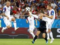 İZLANDA - Hırvatistan, İzlanda'yı 2-1 Mağlup Etti