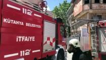 DOĞALGAZ BORUSU - Kütahya'da Kazı Sırasında Doğalgaz Borusu Parçalandı