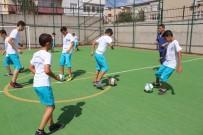 KÜÇÜKÇEKMECE BELEDİYESİ - Yaz Spor Okullarında Eğitim Başladı