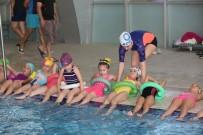 RıDVAN SEZER - Adapazarı Belediyesi Yüzme Kursu Start Verdi