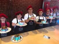 FATIH DEMIR - Down Sendromlu Çocuklara Pasta Yapmayı Öğrettiler