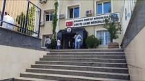 SEYFULLAH - Esenler'de Bir Kişiyi Yaralayarak 1 Milyon 200 Bin TL Gasp Eden Kişiler Yakalandı