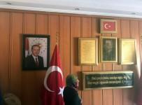 WHATSAPP - Isparta'da Seçim Günü Cumhurbaşkanı Erdoğan'ın Okuldaki Portresinin İndirilmeye Çalışıldığı İddiası