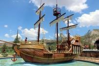 ÇİZGİ FİLM - Karayip Korsanları, Sivas'a Demir Attı