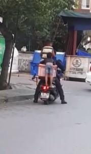 (Özel) Maltepe'de Çocukların Motosiklet Üzerindeki Tehlikeli Yolculuğu Kamerada