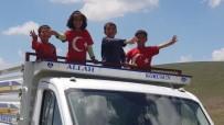 Seçim Sevincini Yaylada Kendilerine Özgü Şarkıyla Kutladılar