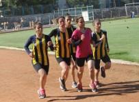 ÜSKÜP - Siirtli Atlet Milli Takıma Seçildi
