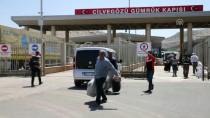 CİLVEGÖZÜ SINIR KAPISI - Suriyelilerin Cilvegözü Sınır Kapısı'ndan Dönüşleri Sürüyor