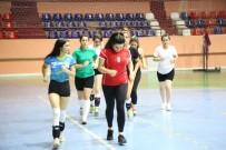 MUNZUR - Tunceli'de Kadın Voleybol Takımı Destek Bekliyor