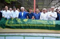 PIR SULTAN ABDAL KÜLTÜR DERNEĞI - Cem Yılmaz'ın Cenazesi Yüzlerce İnsanı Buluşturdu