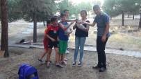 ŞİDDETE HAYIR - Çocuklar Parka Su Ve Mama Bıraktı