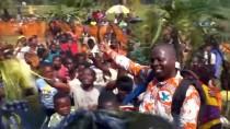 KONGO - Ebola'dan Kurtuldu, Kahraman Gibi Karşılandı