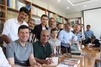 Erzincanlı Yazarlar Kitap Kafe De Okurlarıyla Buluştu
