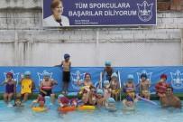 CAM KEMİK HASTASI - Konak'ta Yüzmeye Engel Yok