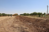 Mardin'de Drenaj Kanallarını Temizliyor