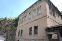 OTURMA ODASI - 120 Yıl Önce Ahmet Ağa Tarafından Yapılan Tarihi Ev Restore Ediliyor