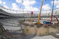 Vali Demirtaş, Adana Şehir Stadyumu'nda İncelemelerde Bulundu