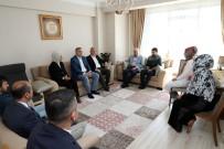 BAŞKANLIK SİSTEMİ - Başkan Uysal Eyüpsultan'da Vatandaşlarla Sohbet Etti