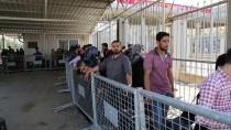 CİLVEGÖZÜ SINIR KAPISI - Cilvegözü Sınır Kapısı'nda Ramazan Geçişleri Sürüyor