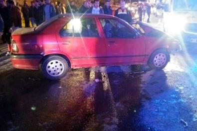 Gümüşhane'de Trafik Kazası Açıklaması 8 Yaralı