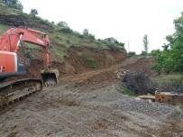KÖY YOLLARI - Sason'da Selin Kapattığı 12 Köy Yolu Ulaşıma Açıldı