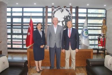 CHP'li Vekiller Başkan Kurt'u Ziyaret Etti