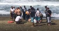 KALP MASAJI - Denizde Boğulan Yaşlı Adam Hayata Döndürüldü