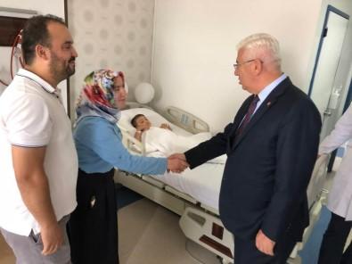 Ergene Belediye Başkanı Yüksel Sünnet Olan Çocukları Ziyaret Etti