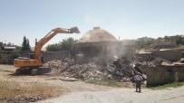 AHMET GAZI KAYA - Kahta'da Ki 51 Yıllık Hamam Yıkıldı
