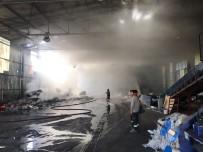 KIRAZLı - Kuşadası'nda Yangın