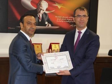 MHP'den Sivas Milletvekili Seçilen Özyürek Mazbatasını Aldı