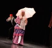 DÜNYA SAĞLıK ÖRGÜTÜ - Muratpaşalı Yaşlı Evi Üyeleri Tiyatro Oyunu Sahneledi