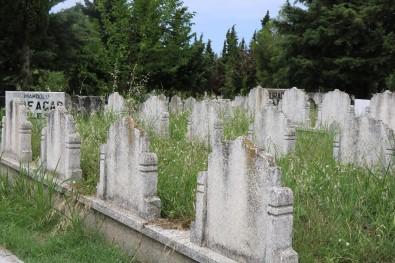 Samsun'daki Eski Mezarlıklar Dolmak Üzere