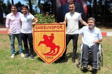 Samsunspor'da İmza Şov Sürüyor