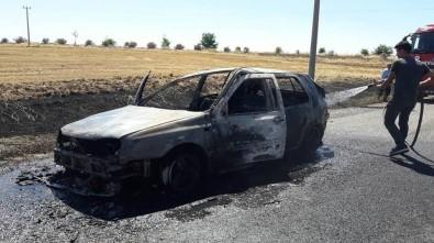 Seyir Halinde Olan Otomobil Yandı