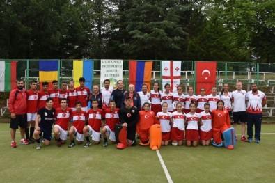 Türk Hokey Milli Takımları Gol Makinası Gibi