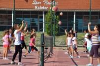 KARATE - Aliağalı Gençlerden Yaz Spor Okullarına Yoğun İlgi