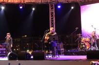 BEYLIKDÜZÜ BELEDIYESI - Beylikdüzü'nde Tuna Kiremitçi Şarkıları Yankılandı