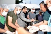 İFTAR ÇADIRI - Birlik Ve Beraberlik Sofrasında Yüzlerce Kişi Buluştu