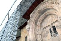 SULTAN SÜLEYMAN - Divriği Ulu Cami'deki Sır Perdesi Aralandı