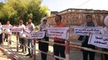 İNSAN ZİNCİRİ - Gazze'de Maaş Kesintileri Protesto Edildi