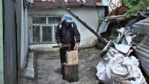 KIŞ MEVSİMİ - Kars'ta Hala Soba Yanıyor