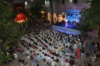 KUŞADASI BELEDİYESİ - Kuşadası'nda Hale Yamener Konseri
