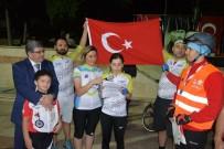 TÜRKIYE BISIKLET FEDERASYONU - Şanlı Türk Bayrağı Bisikletliler Tarafından Bilecik'e Getirildi